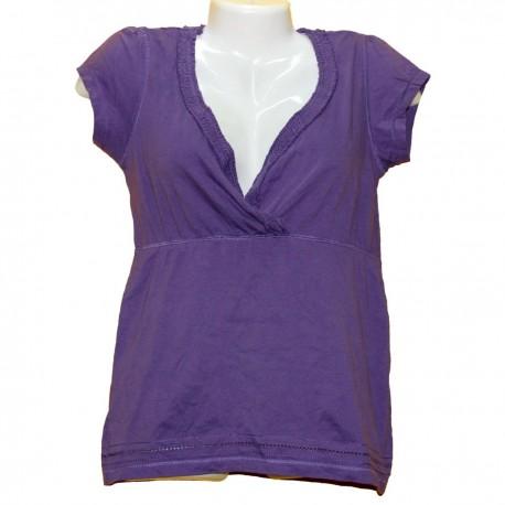 Красивая фиолетовая футболка-кофточка с отделкой р.40-42
