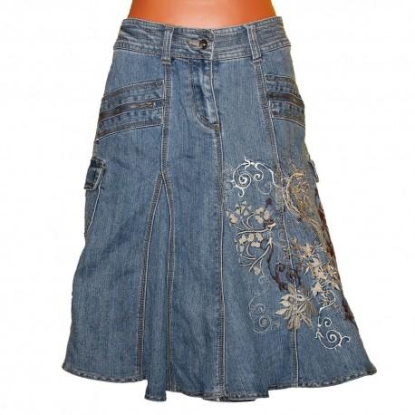 Дизайнерская джинсовая юбка с вышивкой